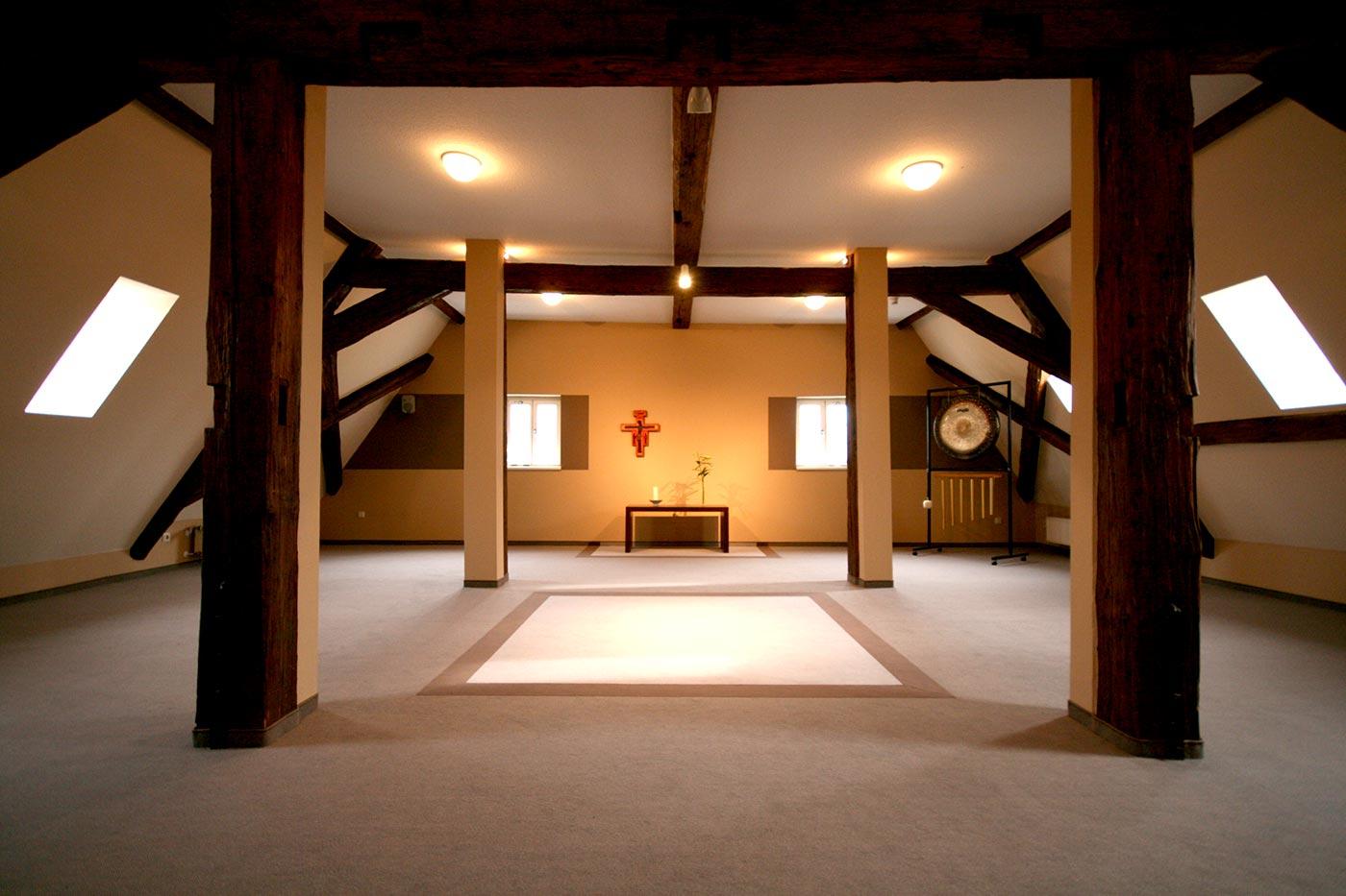inarte innenarchitektur meditationsraum burg bodenstein. Black Bedroom Furniture Sets. Home Design Ideas